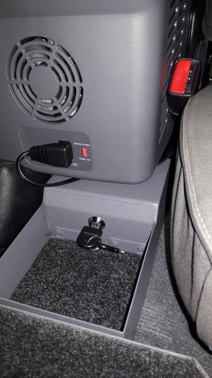 LC70-Centre-consol-fridge-and-safe-5